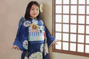 七五三の「七歳」を着物でお祝いするために必要なものとは?