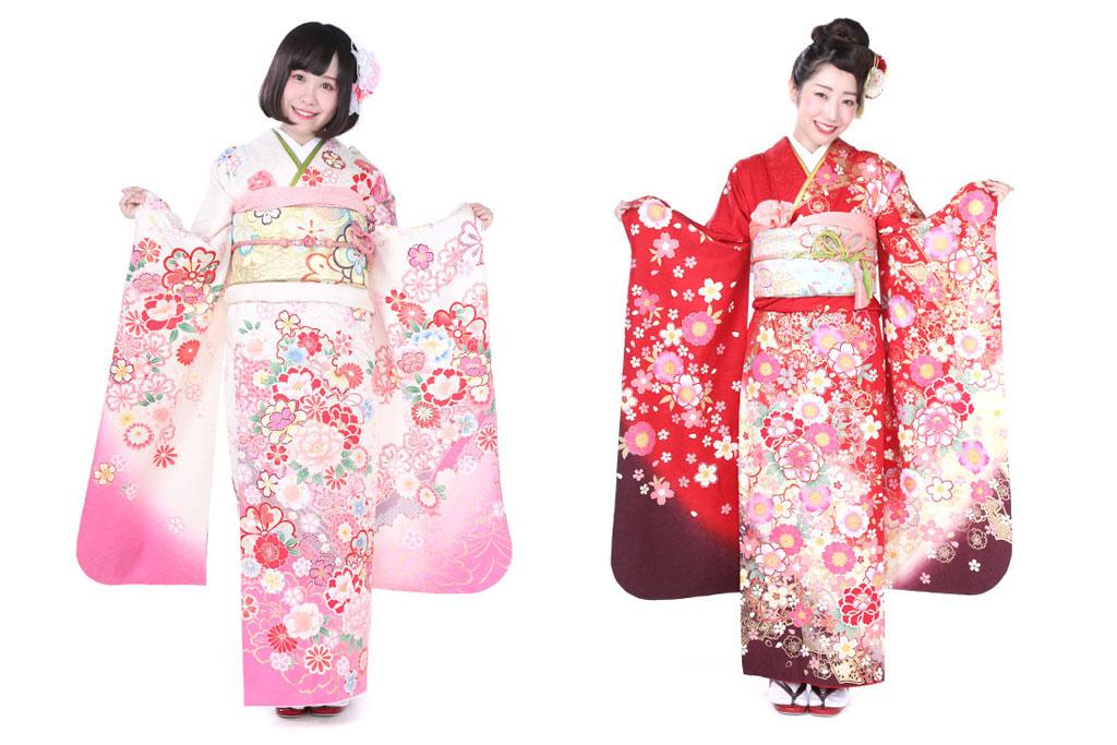 白とピンクの振袖を着た女性と赤い振袖を着た女性