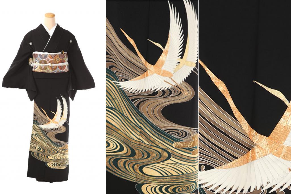 刺繍で縁取られた飛鶴が描かれた黒留袖