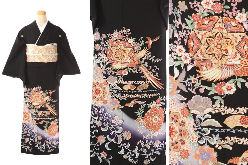 オレンジ色の鳳凰や花文など正倉院文様が描かれた黒留袖