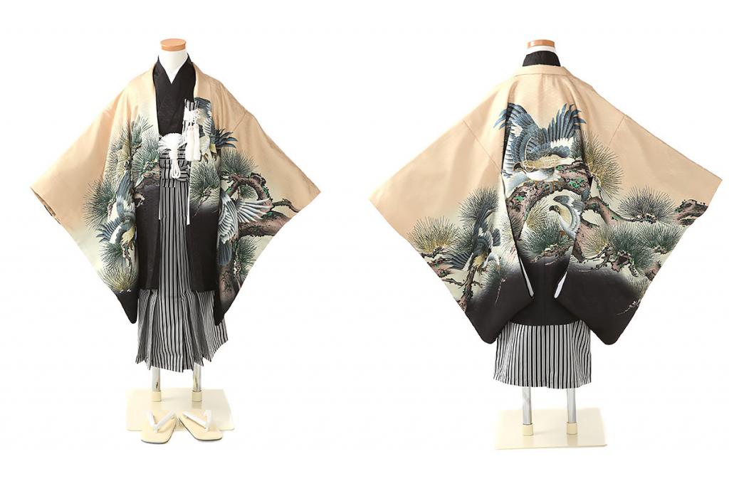 七五三(五歳)レンタル 鷹に松柄羽織 黒着物×黒縞袴